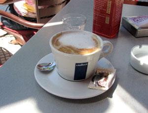 Un cafe con leche