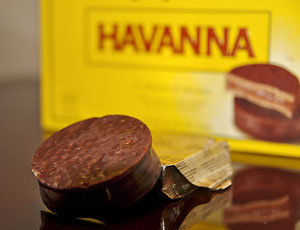 The Havanna alfajor is practically a work of art.
