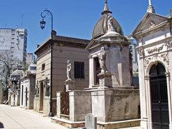 250px-buenos_aires-recoleta-cementery-p2090035.JPG