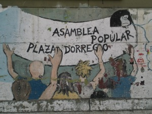 Asamblea Popular Plaza Dorrego, graffiti.